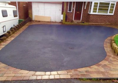 High standard tarmac driveway with border for your home