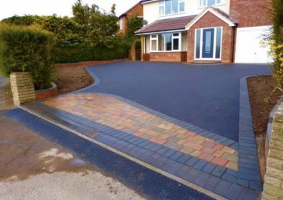 Large driveway tarmac and block paving