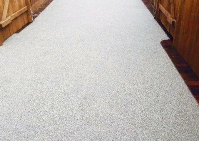 Narrow driveway with resin bound