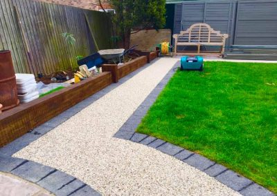 Resin bound garden path with border