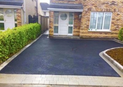 Tarmac driveway repairs and installation